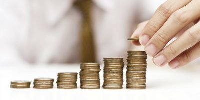 Why Entrepreneurs Should Make Money Rather Than Raise It
